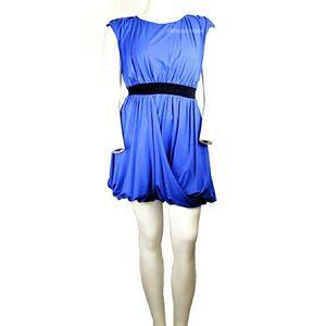 Nicole Miller - Sleeveless Buble Dress